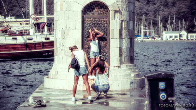 photo at the lighthouse in marmaris