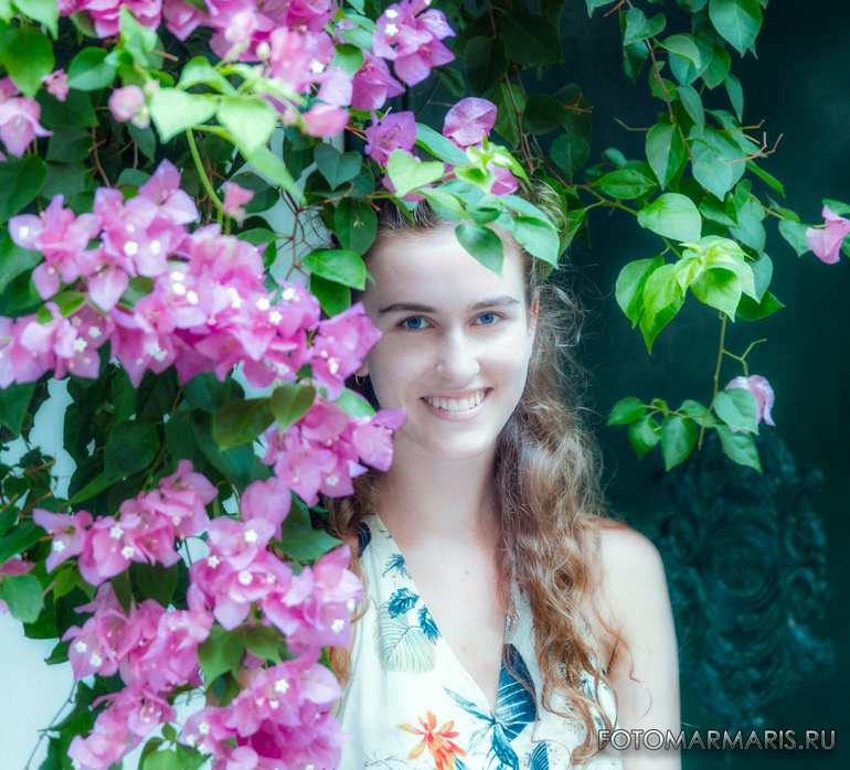 The girl in the flowers in the fortress of Marmaris